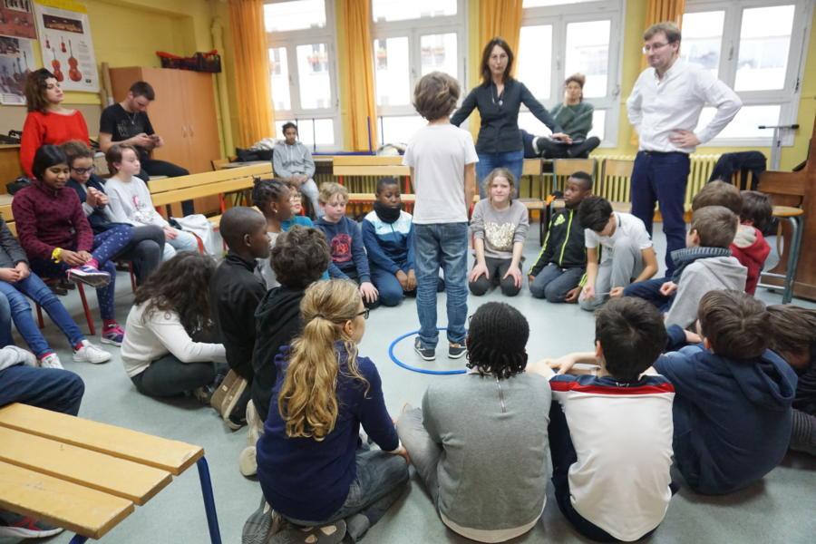 Atelier Basta Cosi - les élèves de l'école primaire Aqueduc répètent