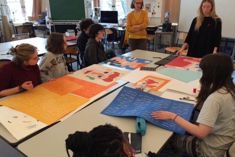 Atelier Basta Cosi - Les lycéens du lycée général Colbert en parcours Arts plastiques réalisent les supports de communication